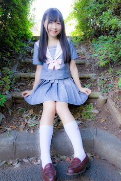 Cute Asian Girls, Sweet Girls, Cute Girls, School Girl Outfit, School Uniform Girls, School Uniforms, Japanese School Uniform, Cute Girl Outfits, Girl Poses