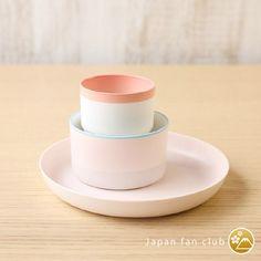 ピンク色の有田焼も可愛らしいです