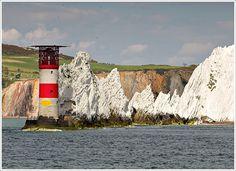 The Needles Isle of Wight Needles Isle Of Wight, Ile De Wight, Migratory Birds, Cymru, Places Of Interest, England Uk, Bird Watching, Northern Ireland, Nice Things