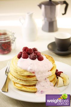 Raspberry+&+Banana+Pancakes.+#HealthyRecipes+#DietRecipes+#WeightLossRecipes+weightloss.com.au