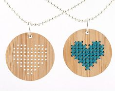 DIY Cross Stitch Necklace Kit Bamboo Heart by RedGateStitchery Piece of wood with the holes drilled + yarn for the simple cross stitch = cute! Easy Diy Crafts, Fun Crafts, Holiday Gift Guide, Holiday Gifts, Ideas Joyería, Simple Cross Stitch, Do It Yourself Crafts, Bijoux Diy, Wooden Jewelry