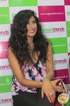 Actress Parno Mitra inaugurates two outlets of Green Trends Unisex Hair and Style Salon  http://fashion.sholoanabangaliana.in/actress-parno-mitra-inaugurates-two-outlets-of-green-trends-unisex-hair-and-style-salon/
