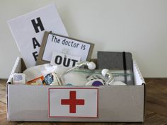 Instead of screens today, why not play doctors? Children are often fascinated by what we grown ups get up to and role-playing 'careers' is high on many kids' lists of fun things to do. Last time we…