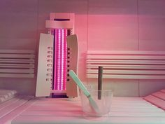 Sie haben eine herkömmliche finnische Sauna und möchten eine Kombisauna? Nachrüsten mit einem Tiefenwärmestrahler ist ganz einfach. Holen Sie sich Infos, wie Sie aus Ihrer Sauna eine Wellnessoase machen können.