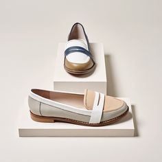 Shop for the very latest shoe boot and sandal trends in Ladies and Mens Fashion Footwear and Accessories with Dune Online Shoes Ads, New Shoes, Foto Still, Shoe Poster, Fashion Still Life, Creative Shoes, Shoe Display, Fashion Socks, Penny Loafers