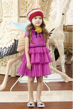 Kids Wear Gucci - Gucci Kids - Ideas of Gucci Kids - Kids Wear Gucci My Little Girl, Little Girl Dresses, Cute Outfits For Kids, Cute Kids, Summer Girls, Kids Girls, Young Fashion, Kids Fashion, Kids Branding