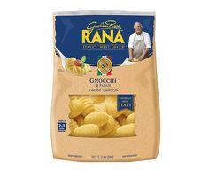 Recipe by Giovanni Rana - Gnocchi alla Sorrentina. Try the unique taste of your creations! Rana Pasta, Pasta Brands, Ravioli Recipe, Italian Traditions, Pasta Noodles, Italian Pasta, Nut Free, Gnocchi, Soup And Salad