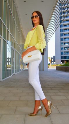 LAURA BADURA FASHION & BEAUTY: Lemon White