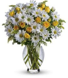daisy alter flower arrangement
