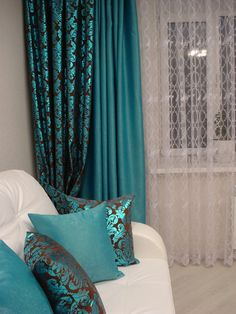 Decor Home Living Room, Curtain Decor, Curtains Living Room, Apartment Decor, Elegant Living Room Decor, Living Room Decor Modern, Home Curtains, Teal Living Rooms, Bedroom Wall Colors
