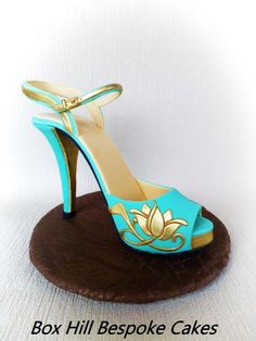 Sugar Shoe by Noreen@ Box Hill Bespoke Cakes