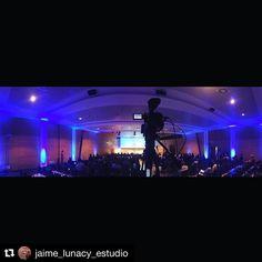 #Repost @jaime_lunacy_estudio (@get_repost)  Ultimo dia de Cursos en Clinica Planas con @custom_project_  #cursos #estetica #cursos #cirugia #evento #ponencias #camara #panasonic #microp2 #sala