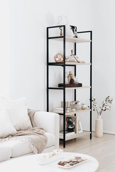 soo classy! | open shelving living room family room home inspiration, house, living space, room, scandinavian, nordic, inviting, style, comfy, minimalist, minimalism, minimal, simplistic, simple, modern, contemporary, classic, classy, chic, girly, fun, clean aesthetic, bright, white, pursue pretty, style, neutral color palette, inspiration, inspirational, diy ideas, fresh, stylish, 2017, sophisticated