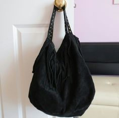 """Anthropologie Fringed Gustine Hobo Three inner pockets, snap closure, leather, cotton lining, 11.5"""" H, 14""""W, 6.5""""D, 12.5"""" strap drop, perfect condition- used once Anthropologie Bags Hobos"""
