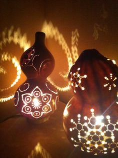 ひょうたんらんぷ Gourd lamp