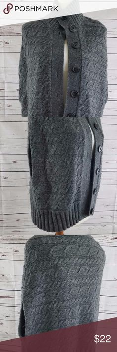 Old Navy Sleeveless Button Down Gray Cardigan Sz M Old Navy Gray Marble Knit Kimono Open Front Cardigan Sweater Sz M Old Navy Sweaters Cardigans