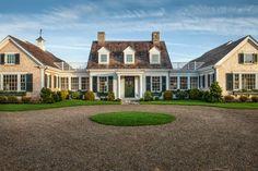Michelle - Blog  #HGTV #Dream #Home #2015 - #Front #Yard Fonte : http://www.hgtv.com/design/hgtv-dream-home/2015/front-yard-pictures-from-hgtv-dream-home-2015-pictures