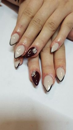 Nude with chevron detail gel nails