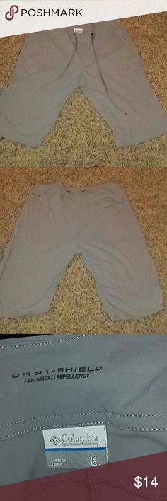 Columbia Gray Athletic pants size 12 Columbia Gray size 12 Athletic pants with draw string. These pants are very comfortable and breathable. Perfect for hiking as they are water repellant. Only worn once or twice but in excellent used condition. Bundle and Save!! Columbia Pants Track Pants & Joggers