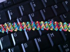 Tutorial - friendship-bracelets.net, Scrambled Candy Stripe