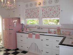 vintage pink and white kitchen...calls for some pretty cookies or cupcakes on the table.