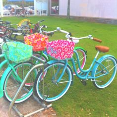Love these beach cruisers with the monogrammed baskets!