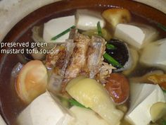 Came across this soup recipe in Agnes Chan's latest book 'Let's Eat' . I happened to have some roasted pork ribs from my mom and cooking t...
