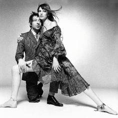 Serge Gainsbourg and Jane Birkin photographed by Terry O'Neill at The Sunday Times studio in London, Serge Gainsbourg, Gainsbourg Birkin, Jane Birkin, Terry O Neill, Art Photography Portrait, Artistic Photography, Burton And Taylor, Photos Rares, Couples