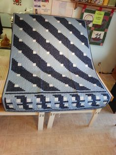 Shades of Blue Queen Quilt by TheQuiltingBeeShop on Etsy, $400.00
