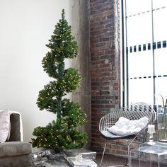 Topiary Christmas Tree... yummy