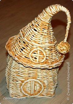 Поделка изделие Плетение Домик волшебника Бумага Трубочки бумажные фото 1