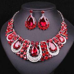 Red Jewelry, Jewelry Shop, Jewelry Stores, Fine Jewelry, Fashion Jewelry, Gold Jewellery, Fashion Earrings, Jewelry Rings, Bohemian Jewelry