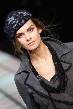 I cappelli alla francese di Armani. Adorabili su www.pianetadonna....