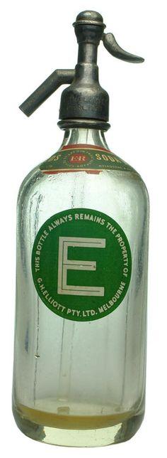 Auction 28 Preview   192   Elliott Ceramic Label Vintage Soda Syphon
