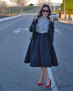 Os molan las #faldas midi? #asesoradeimagen #eltrasterodecris #moda #fashion #faldamidi #lady #rock @romwe_fashion @dolorespromesasdp @mango @glambassadorofficial @streetstyleinspirations @madaish by eltrasterodecris
