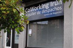 CoWorking Irún es un centro donde profesionales de diferentes sectores podrán alquilar un pequeño despacho, y además, trabajar en común para crear sinergias, generar ideas, compartir proyectos o clientes.