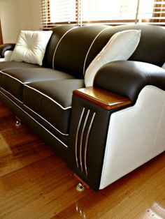 1000 images about art deco style lounge sofa settee and for Art deco style lounge