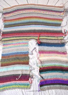 Crochet Cape, Crochet Jacket, Knitted Poncho, Knit Or Crochet, Crochet Shawl, Free Crochet, Knitting Projects, Crochet Projects, Knitting Patterns