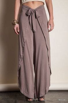 how to make thai fisherman pants pattern Boho Fashion, Fashion Outfits, Womens Fashion, Fashion Design, Sewing Clothes, Diy Clothes, Sewing Pants, Casual Wear, Casual Outfits