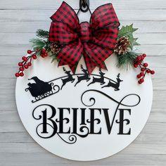 Christmas Door, Christmas Photos, Christmas Wreaths, Merry Christmas, Used Vinyl, Front Door Decor, Wood Doors, Door Hangers, Believe