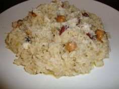 Risotto cu alune si migdale - Bucataria cu noroc Tortellini, Risotto, Rice, Food, Essen, Meals, Yemek, Laughter, Jim Rice