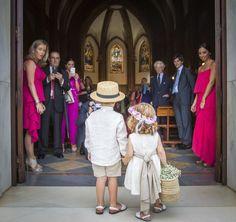 Pajes de boda | bodatotal.com | wedding ideas, ideas para tu boda, ringbearer, flower girl