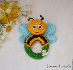 """Купить Погремушка """"Пчелка"""" - погремушка, погремушка вязаная, погремушка ручной работы, пчела, пчелка"""