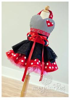 Ah, make a pirate apron for Ky's b-day party ?