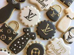 Crown Cookies, Cute Cookies, Cupcake Cookies, Cookie Favors, Sugar Cookies, 21st Birthday Cupcakes, Birthday Cookies, Sugar Cookie Frosting, Royal Icing Cookies