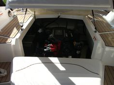 #Larson 238 #boatsforsale #barcosdeocasion #usedboats  More info: www.euronautica.com Fabricante: Larson  Modelo: LXI 238  Tipo: Sport  Pais: Spain  Ubicación: Calpe  Eslora: 7,16  Manga: 2,59  Peso (kg): 2.010  Año: 2009  Potencia: 270  Motor: Volvo Penta 5.0 L  Num. motores: 1  Cap. Agua dulce: 46  Pasajeros max.: 8  Aseos: 1 PRECIO: €34.500 IVA: Incluido