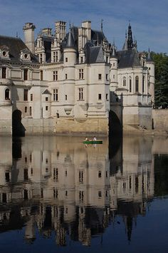 Château de Chenonceau, Loire, France. Best known occupant: Diane de Poitiers, mistress of Henri II, and 20 yrs his senior. Yay cougars of history!