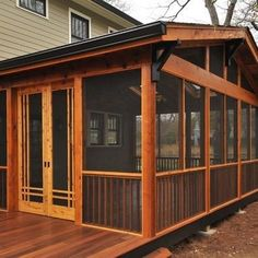 craftsman screened porch I WANT A SCREEN PORCH SO BAD!!! by proteamundi