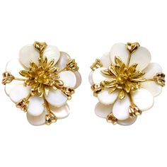 Cartier Paris Ivory Shell Gold Flower Earrings | See more rare vintage Clip-on Earrings at https://www.1stdibs.com/jewelry/earrings/clip-on-earrings