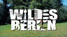 WILDES BERLIN - Das tierische Hauptstadtmusical  23.09.2016 | 20:00 Premiere im BKA Theater Mit Christian Näthe Emma Rönnebeck Konstanze Kromer & Lars Kemter Berlin ist wild: Füchse Biber Waschbären und Wildschweine bevölkern die Stadt. Von den Millionen Ratten und Tauben wollen wir gar nicht erst reden. WILDES BERLIN macht die animalischen Hauptstädter zu Helden einer schrillen Fabel: singende Füchse und rappende Tauben auf der Suche nach dem kleinen Glück in der großen Stadt; Gemeinschaft…